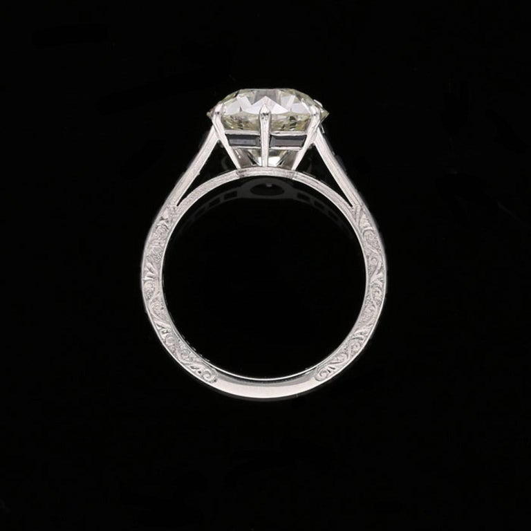 Women's 4.14 Carat Old European Cut Diamond Ring with Calibre Cut Onyx Shoulders For Sale