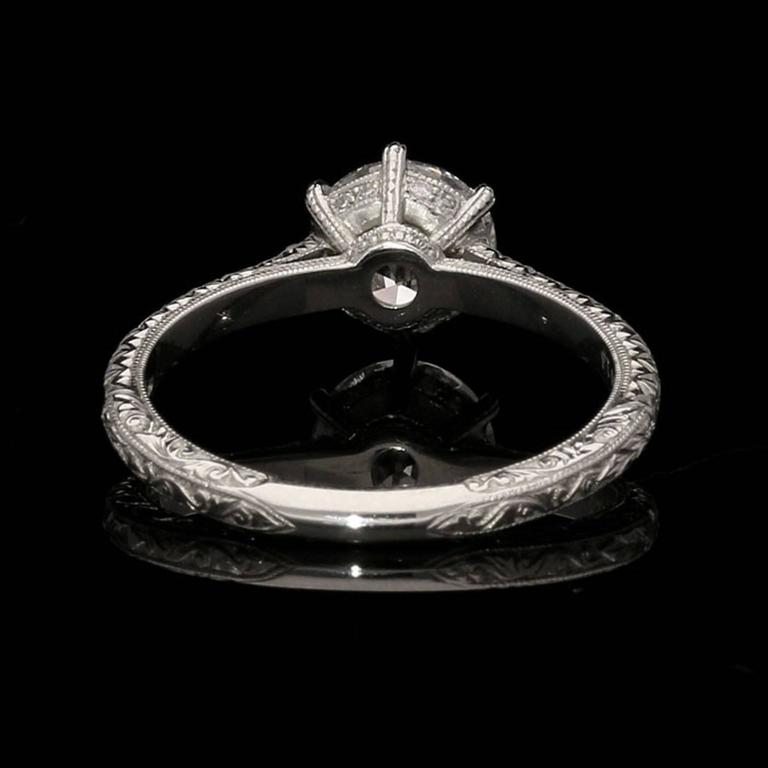 Beautiful Old European Brilliant Cut Diamond  Platinum Ring In As New Condition For Sale In London, GB