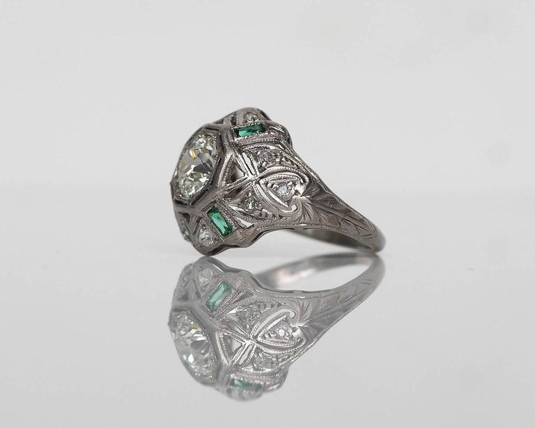 1920s Art Deco .91 Carat Old European Diamond Emerald Platinum Engagement Ring 4