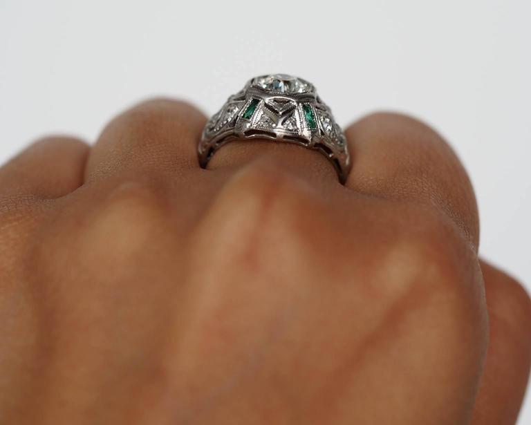 1920s Art Deco .91 Carat Old European Diamond Emerald Platinum Engagement Ring For Sale 3