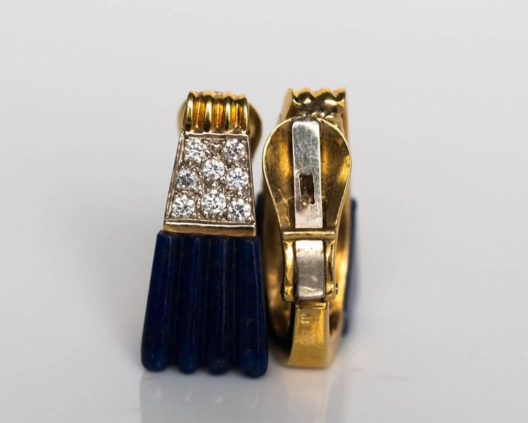 1970s 18K Yellow Gold Lapis & Diamond Retro Earrings In Good Condition For Sale In New York, NY