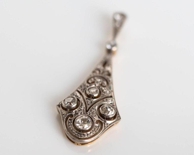1920s Art Deco Platinum and Yellow Gold Pendant with Diamonds For Sale 1
