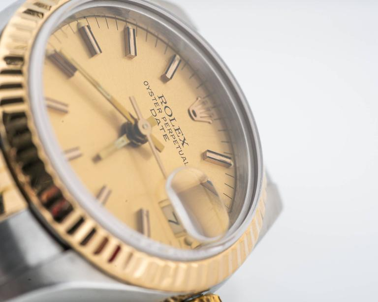 1980s Ladies Rolex Date Two Tone with Jubilee Bracelet In Excellent Condition For Sale In New York, NY