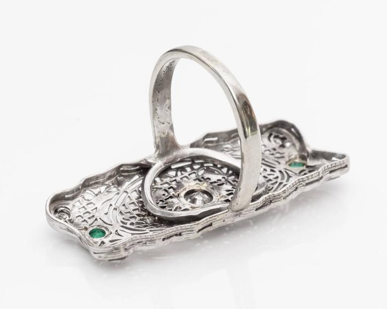 1940s Diamond and Emerald Filigree Shield Ring In Good Condition For Sale In New York, NY