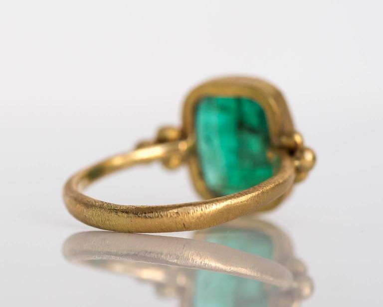 Women's Emerald Diamond Hammered Yellow Gold Finish Ring For Sale