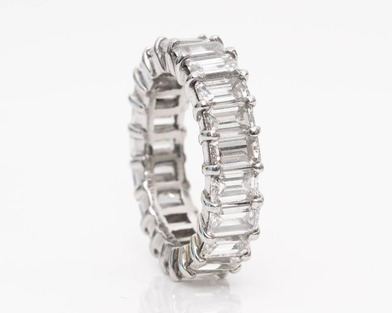 10 Carat Emerald-Cut Diamonds Platinum Eternity Band Ring In Excellent Condition For Sale In Hicksville, NY