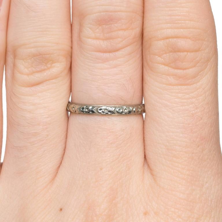 1920s Art Deco Engraved White Gold Wedding Band Ring For Sale 1