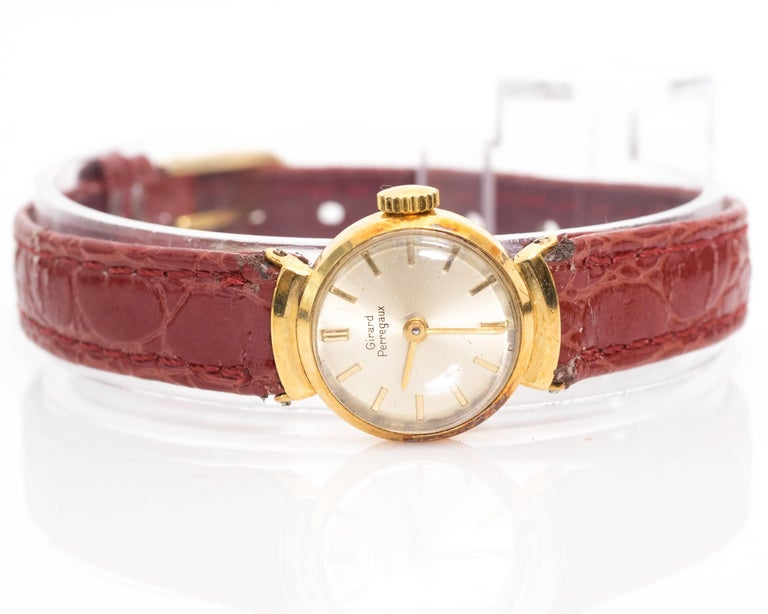 Girard Perregaux Ladies Yellow Gold Wristwatch, 1950s For Sale 1