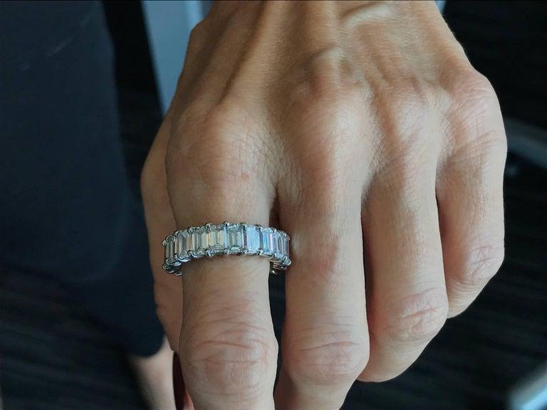 10 Carat Emerald-Cut Diamonds Platinum Eternity Band Ring For Sale 3