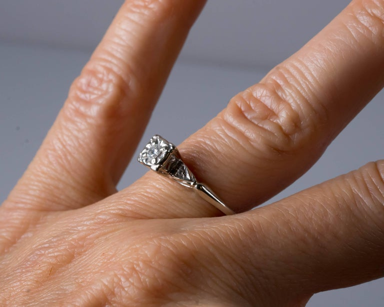 1940s 02 Carat Diamond And 14k White Gold En Ement Ring For Sale 2