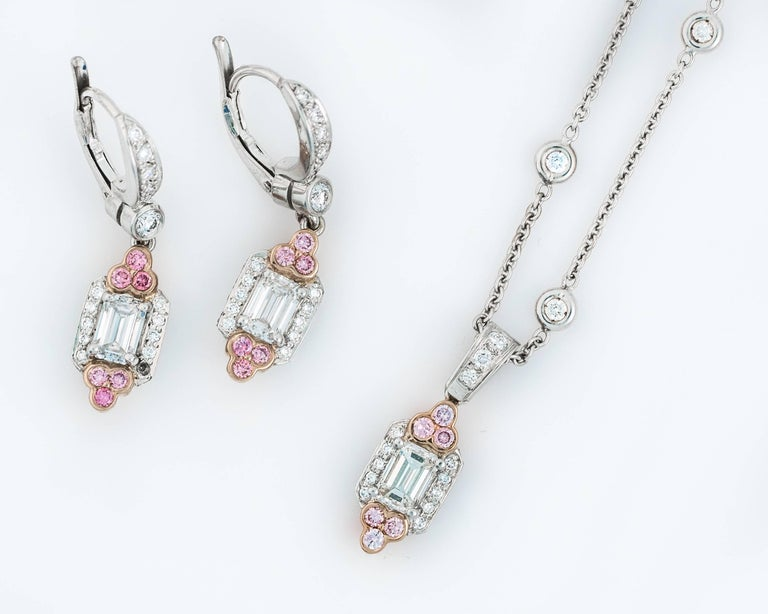 recreate including diamond natural a composed one it extraordinary kind diamonds carats pink beads pin untreated of necklace with