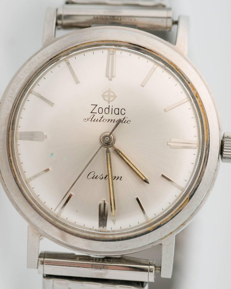 Amazing! Zodiac designed this 1950s Retro Stainless Steel Swiss Automatic watch with antimagnetic as well as water- and shock-resistant technologies. Meticulous attention to design detail resulted in a classic watch with optimal performance