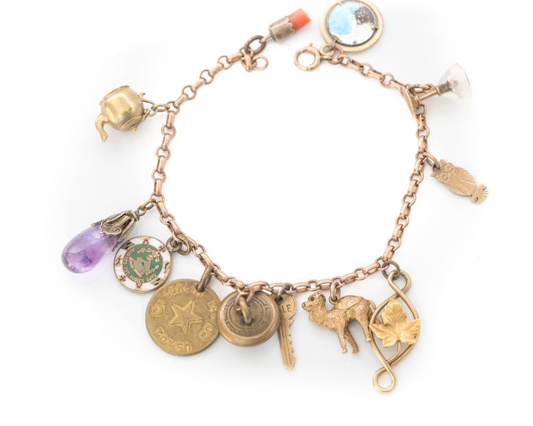 1890s Victorian Charm Bracelet in 9 Karat and 14 Karat Yellow Gold For Sale 2