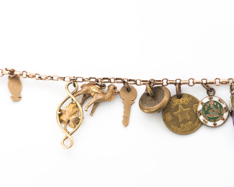 1890s Victorian Charm Bracelet in 9 Karat and 14 Karat Yellow Gold For Sale 1