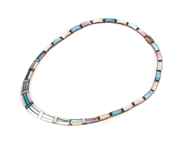 1950s Natural Pastel Shell Inlay Sterling Silver Necklace In Good Condition For Sale In Hicksville, NY