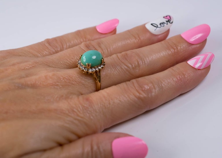 1950s Tiffany & Co. Persian Turquoise Cabochon Diamond Halo 14 Karat Gold Ring For Sale 3