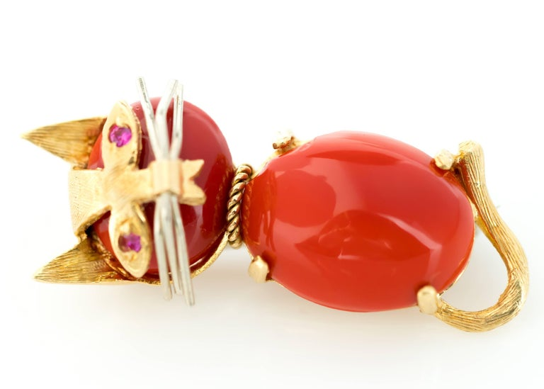 1960s Coral and Ruby 18 Karat Gold Cat Brooch 2