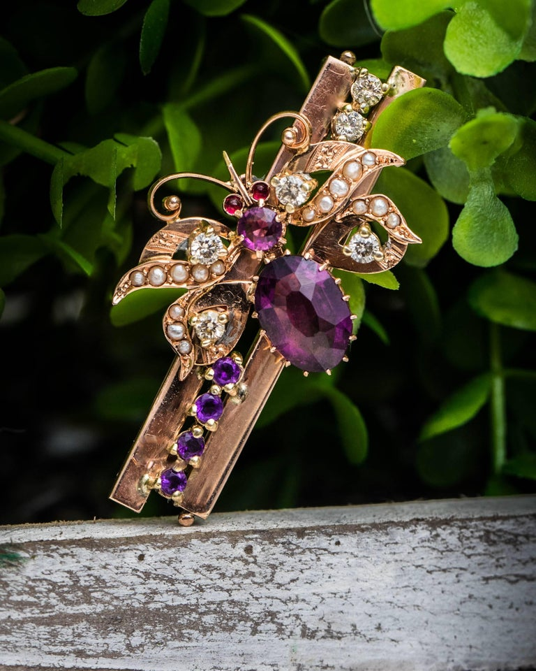 1930s 0.55 Carat Diamond, Ruby, Pearl and Amethyst Butterfly Pendant, Rose Gold For Sale 2