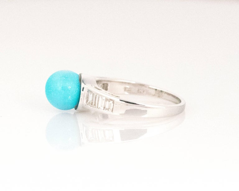 1970s Turquoise and Diamond 18 Karat White Gold Ring In Excellent Condition For Sale In New York, NY