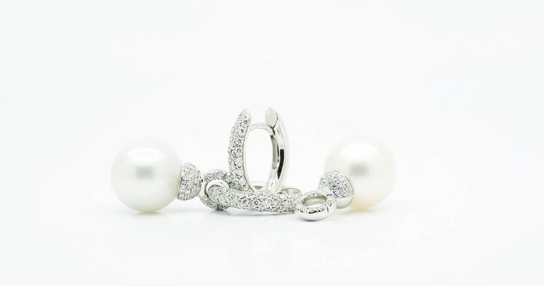 Classical Roman Ferrucci Italy White Pearls and Diamonds gold Earrings For Sale