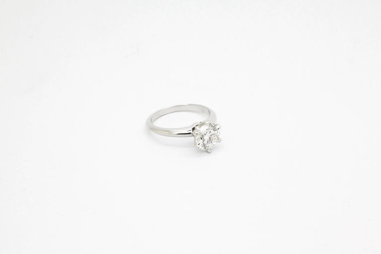 Women's FERRUCCI GIA Certified 1.50 Carat D color VVS2 Diamond Ring For Sale