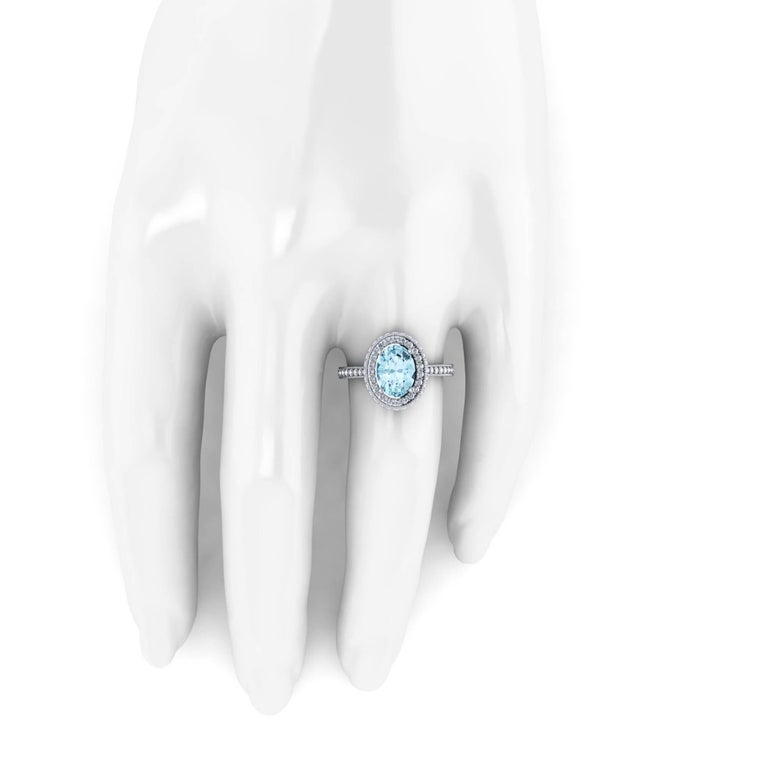 1.40 carat Natural Aquamarine White Diamonds 18k white Gold Ring In New Condition For Sale In Lake Peekskill, NY