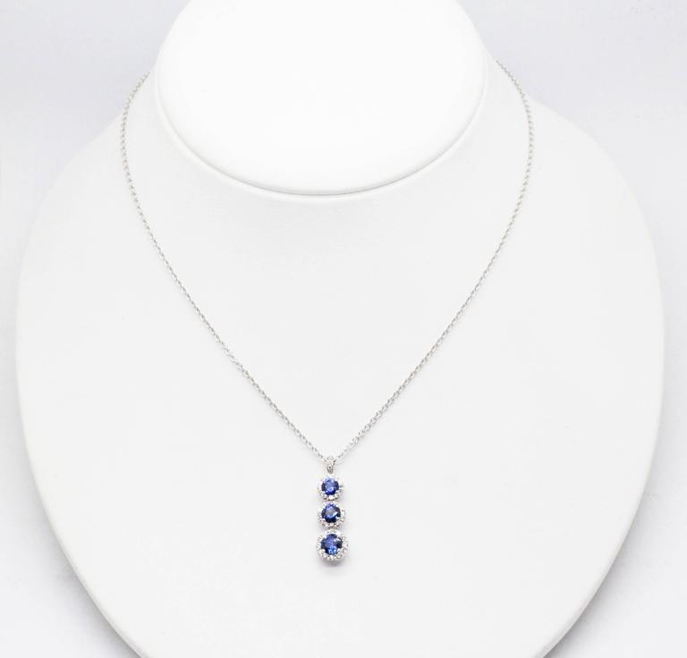 1.24 carat Sapphire and0.40 carat white diamonds 18k white Gold Triple Pendant For Sale 4