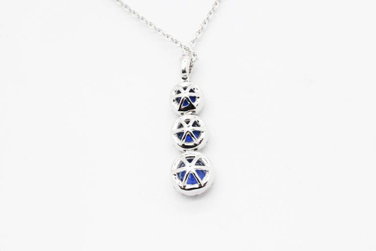 1.24 carat Sapphire and0.40 carat white diamonds 18k white Gold Triple Pendant For Sale 2