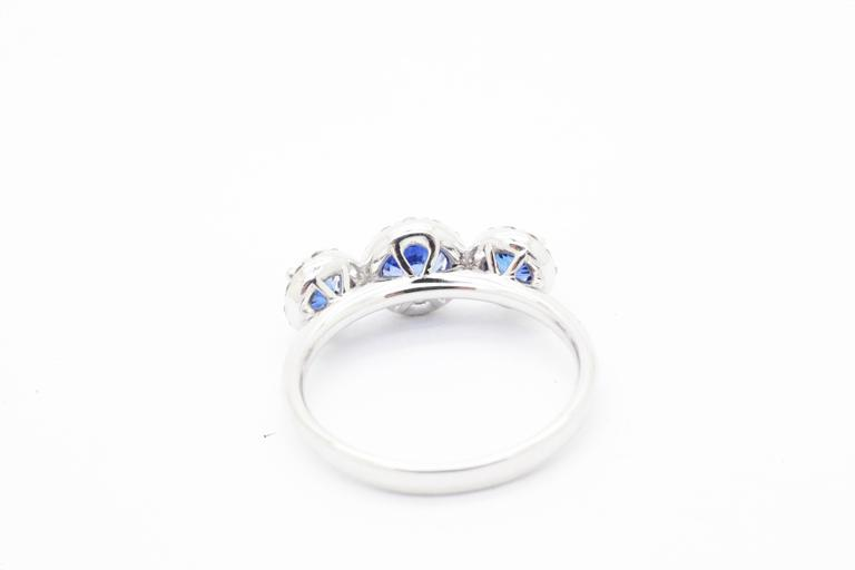 1.26ct Blue Sapphire 0.36ct white Diamond 18k white Gold Ring For Sale 2