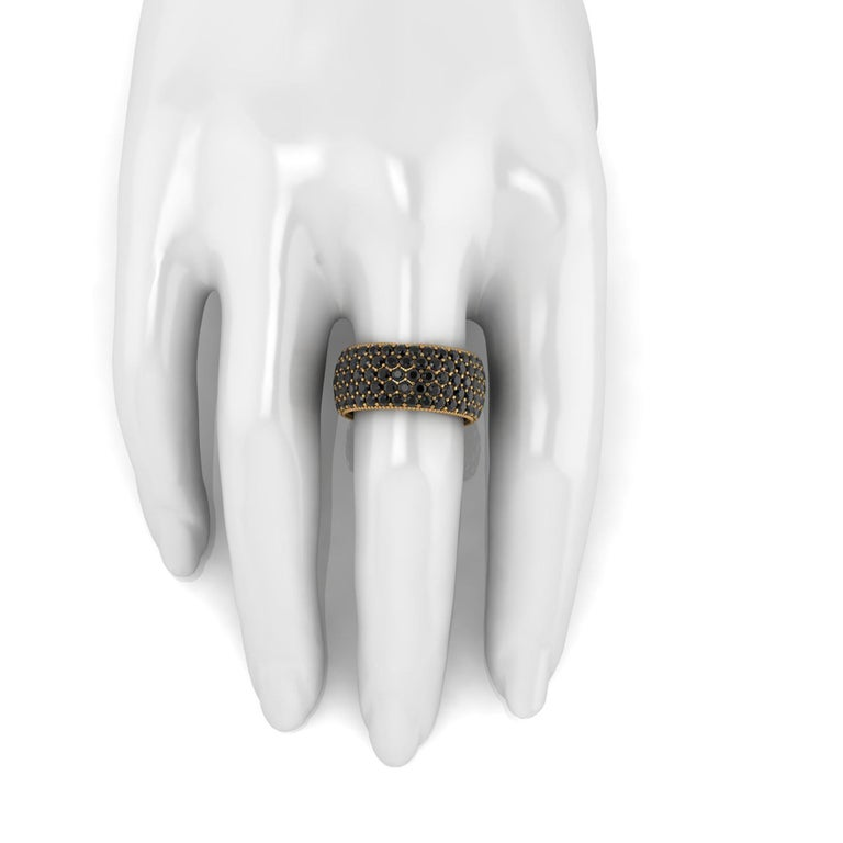 Round Cut 4.75 Carat Black Diamonds 18 Karat Yellow Gold For Sale