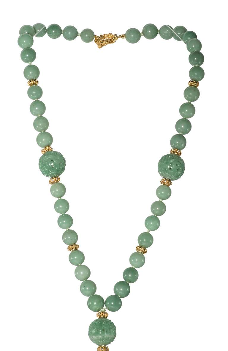 Jade Necklace In Excellent Condition For Sale In Houston, TX