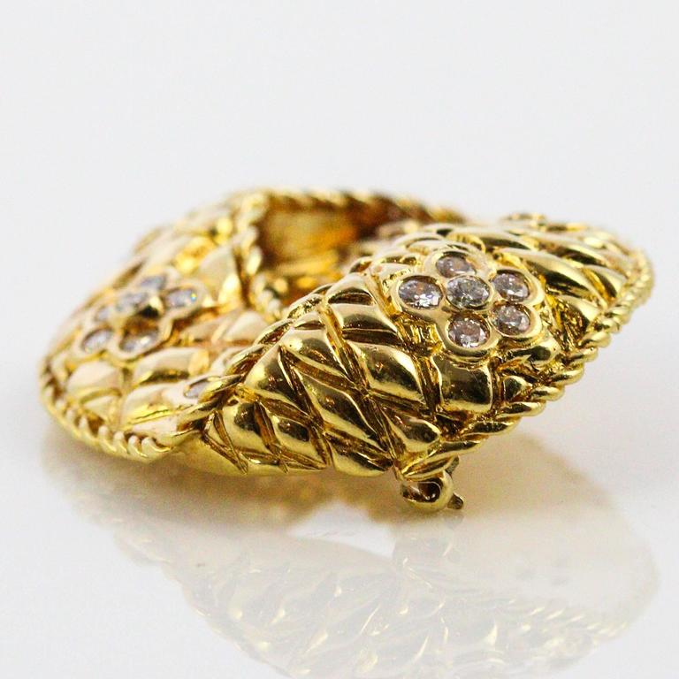 Modernist Diamond Yellow Gold Brooch In Excellent Condition For Sale In Birmingham, AL