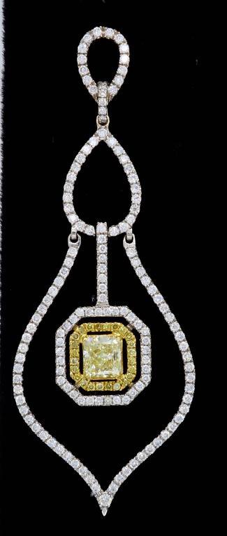 Savransky GIA Certified Diamond and White Gold Chandelier Dangle Earrings 3