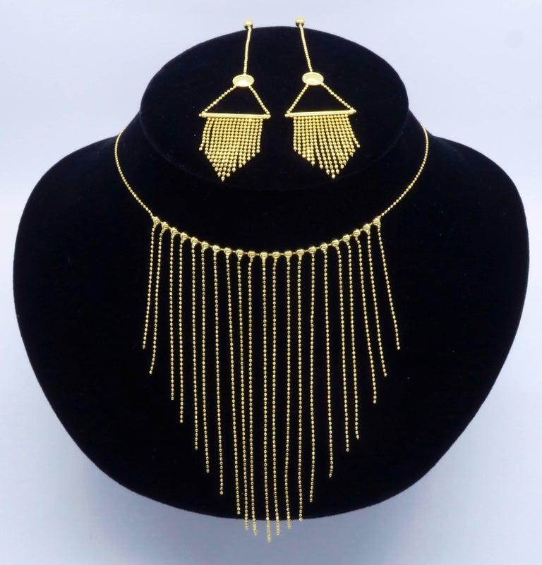 18 Karat Gold Fringe Necklace and Earring Set  For Sale 2