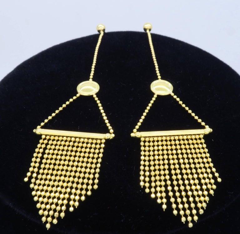 18 Karat Gold Fringe Necklace and Earring Set  For Sale 1