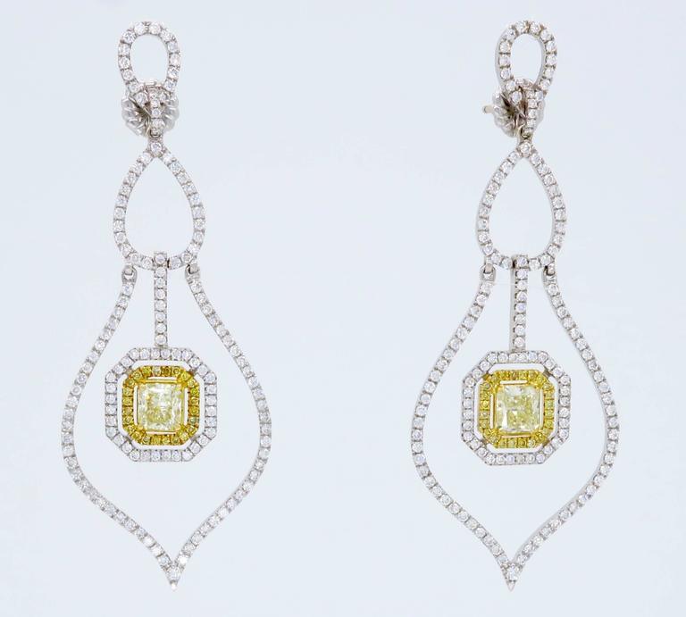 Savransky GIA Certified Diamond and White Gold Chandelier Dangle Earrings 2
