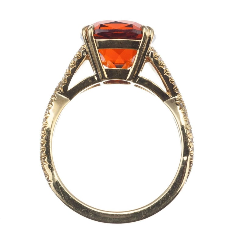 Spessartite Garnet and Diamond Ring in 18 Karat Yellow Gold For Sale at 1stdibs