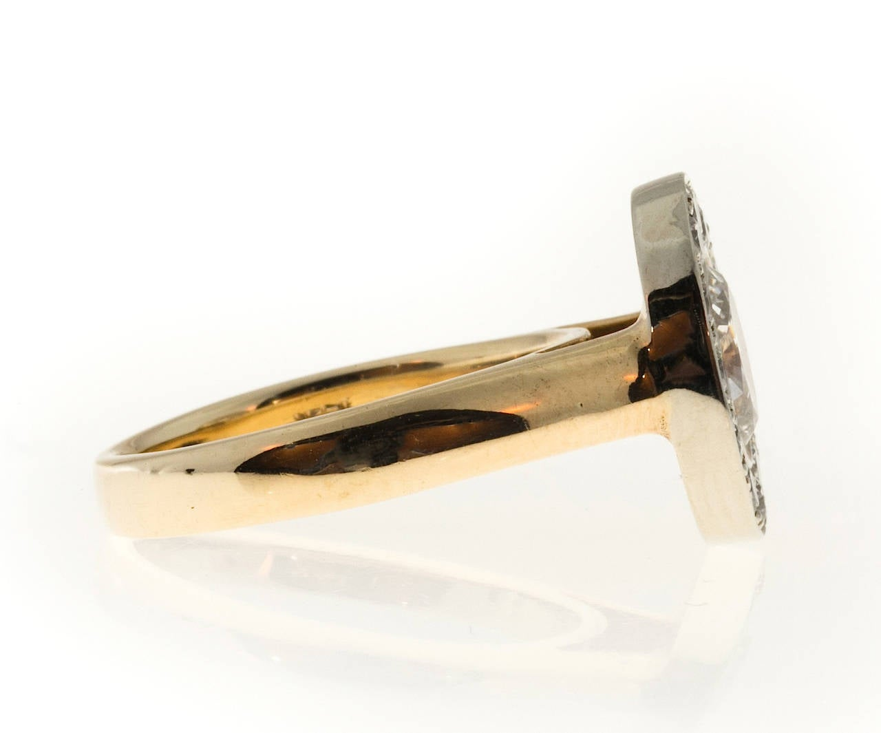 Oval Diamond Gold Halo Ring 4