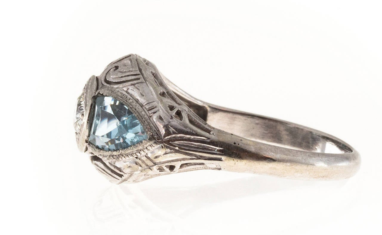 Art Deco Shield Cut Aquamarine Diamond Gold Ring For Sale 1
