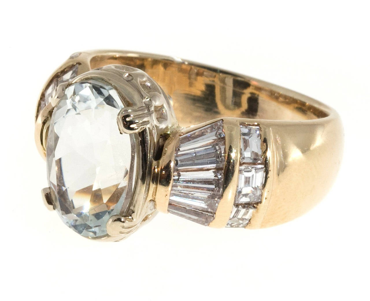 Clear Pale Blue Aquamarine Diamond Gold Tapered Baguette Ring In Good Condition For Sale In Stamford, CT