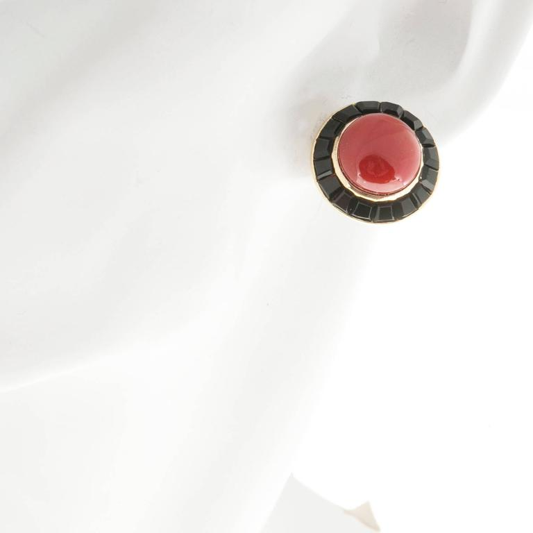 Cabochon Red Coral Black Onyx Gold Earrings  For Sale 1