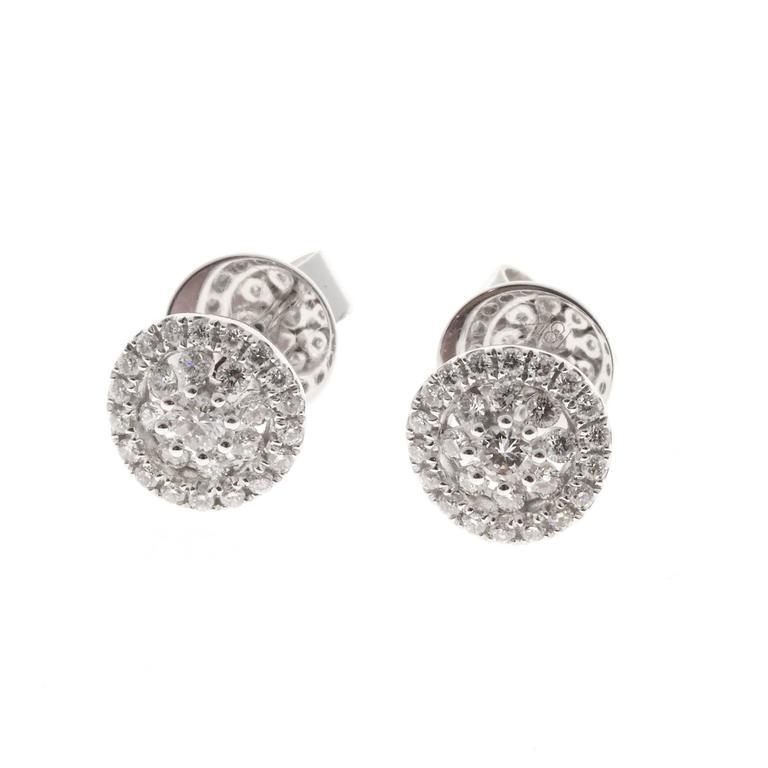 Women's Memoire Diamond Gold Bouquet Stud Earrings For Sale