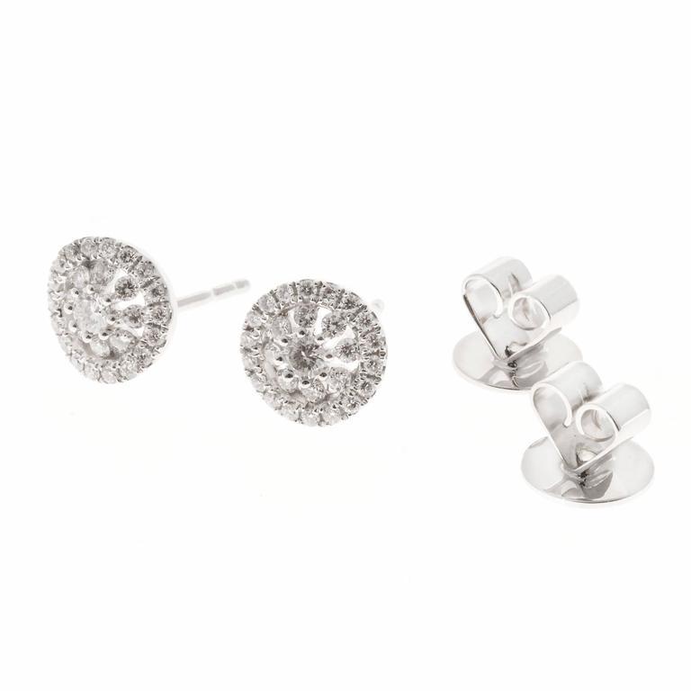 Memoire Diamond Gold Bouquet Stud Earrings For Sale 1