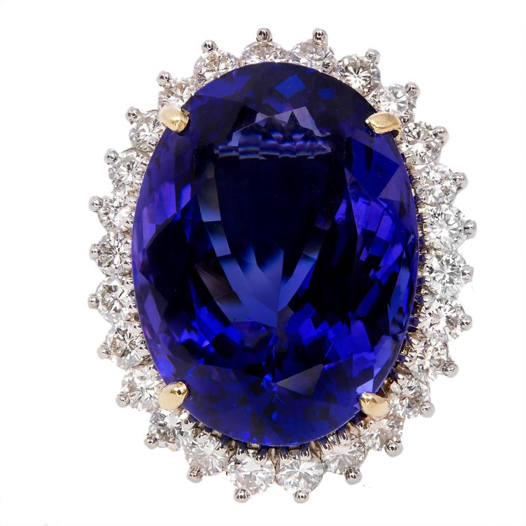 Oval Tanzanite Diamond Gold Halo Ring 2