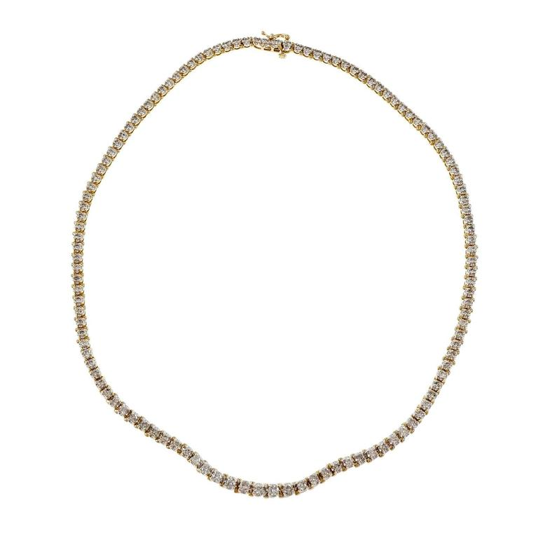 Graduated Diamond Gold Tennis Necklace