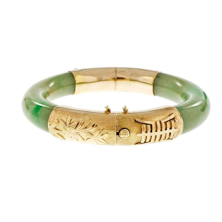 Gia Certified Natural Green Jadeite Jade Gold Bangle Bracelet In Excellent Condition For Stamford