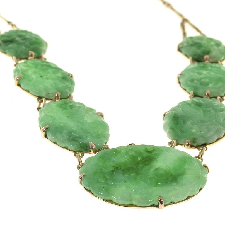 Seven Stone Oval Natural Jadeite Jade Gold Pendant Necklace  For Sale 1