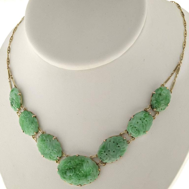 Seven Stone Oval Natural Jadeite Jade Gold Pendant Necklace  For Sale 2