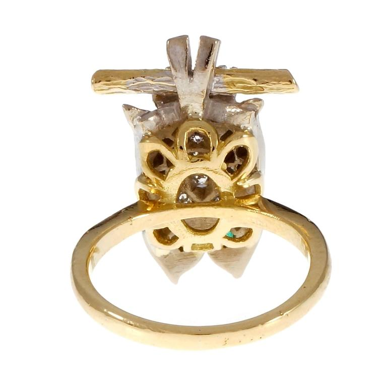 Diamond Pavé Emerald Gold Owl Cocktail Ring For Sale 1