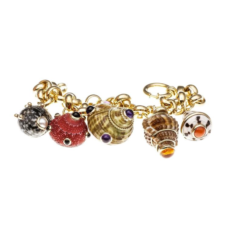 MAZ Amethyst Citrine Pearl Coral Onyx Sea Shell Gold Charm Bracelet In Good Condition In Stamford, CT